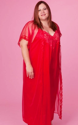 Elegant Red Nightgown Peignoir Set
